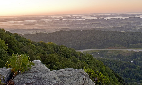 mountains fog sunrise virginia landscapes tennessee kentucky leecounty nikond60 cumberlandgapnationalhistoricalpark backroadphotography kjerrellimages