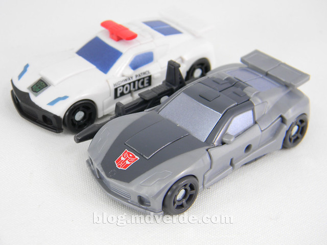 Transformers Bluestreak Legends - Generations GDO - modo alterno vs Prowl