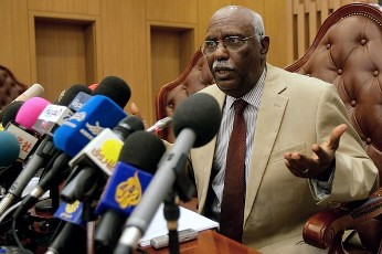 Sudanese Undersecretary of Foreign Affairs Rahma Mohammed Osman speaks during a press conference in Khartoum on April 11, 2012. by Pan-African News Wire File Photos