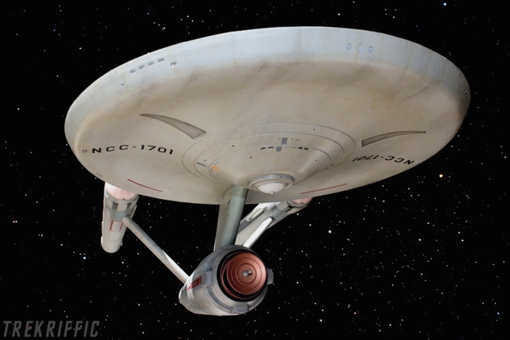 Starship Enterprise NCC-1701 -1/350 scale model | The Trek BBS