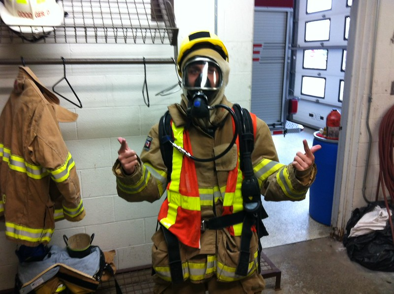 Cameron_Tevelde_in_Bunker_Gear_and_SCBA