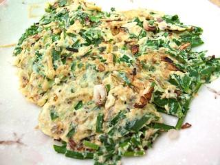 IMG_2589 Chives omelette