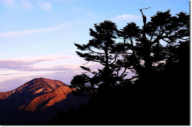 馬博拉斯山(From 馬西山西北眺) 2
