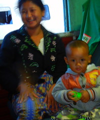 Thazi train mom and son with toy car