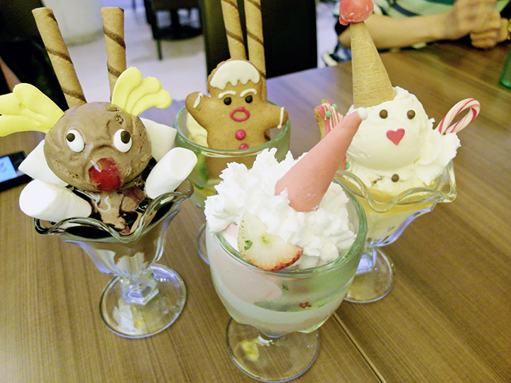 cute swensens christmas ice cream