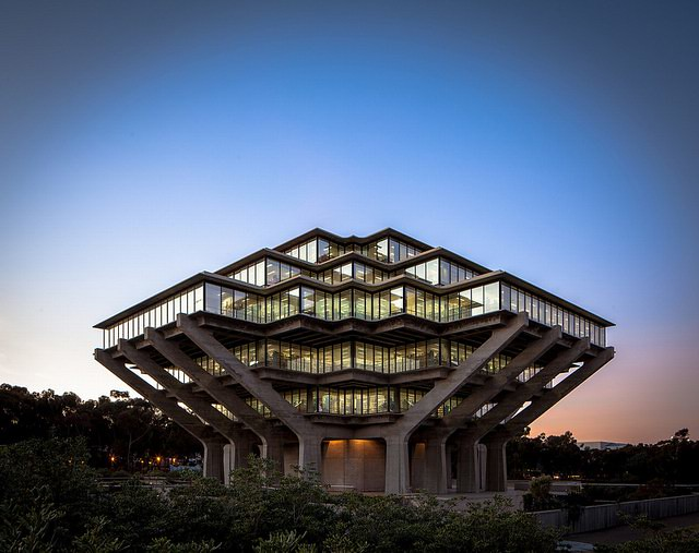 A-Built-History-of-Modernism