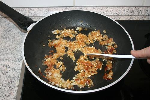 27 - Knoblauch andünsten / Braise garlic
