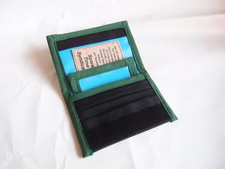 オーダーメイド巻きタバコケースのブラック×ライトブルー×緑開き