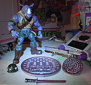 TEENAGE MUTANT NINJA TURTLES - CLASSIC COLLECTION :: ROCKSTEADY & BEBOP { tOkKustom Puck touch-ups } iii // ROCK' (( 2013 ))