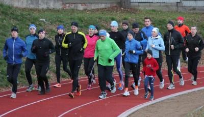 Pro začátečníky: Jak se běhá fartlek, tempový běh a úseky?