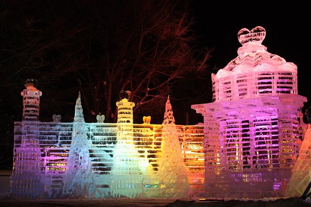 大氷像 ハートの宮殿