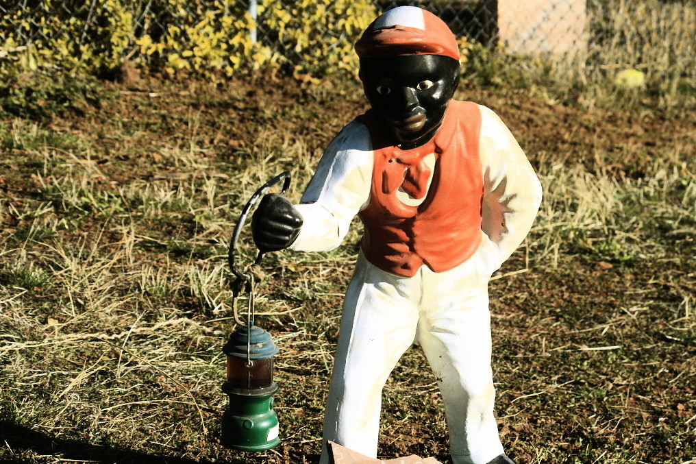 popular lawn ornaments everyone has and why they became a