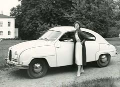 compact car(0.0), sedan(0.0), automobile(1.0), vehicle(1.0), automotive design(1.0), mid-size car(1.0), antique car(1.0), classic car(1.0), vintage car(1.0), saab 92(1.0), saab 96(1.0), land vehicle(1.0),