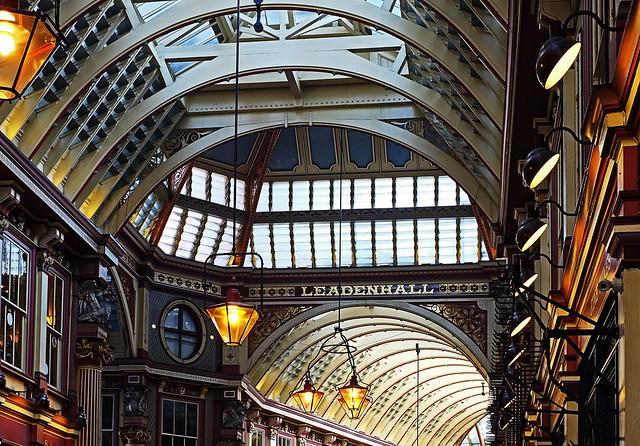 London's Leadenhall Market - Bishopsgate (City of London)  (Fuji X-T1 & 35mm f1.4 Prime Lens)