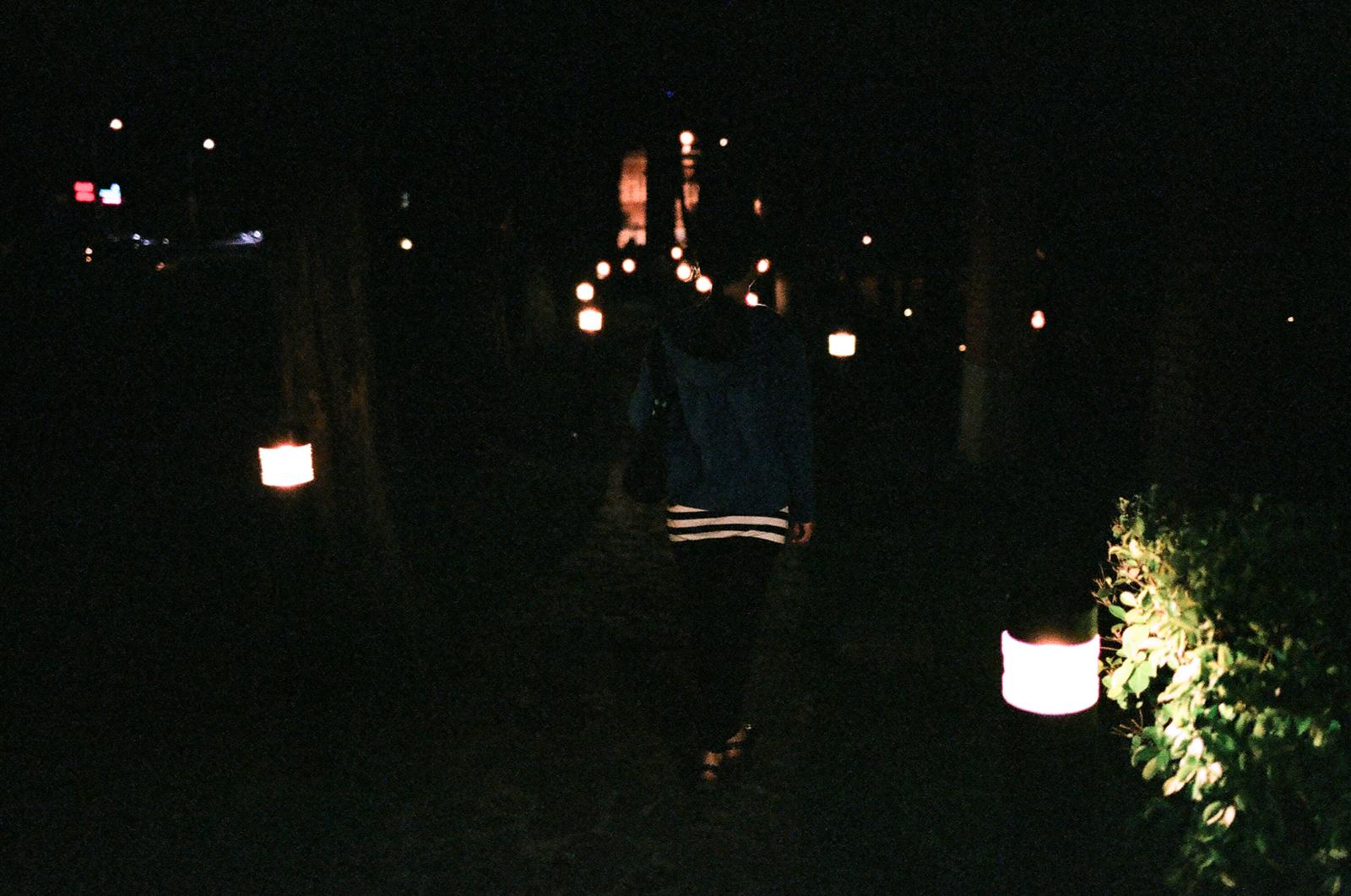 LINE FRIENDS & 散步隨拍  (FUJI NATURA 1600 / FA35)