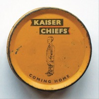 Kaiser Chiefs – Coming Home