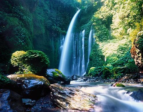 indonesia lombok westnusatenggara tiukelepwaterfall senaruvalley