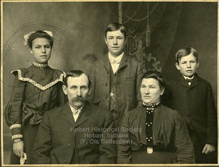 Henry and Bertha Ols and children