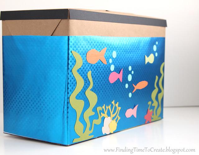 Aquarium Valentine Collection Box_side view