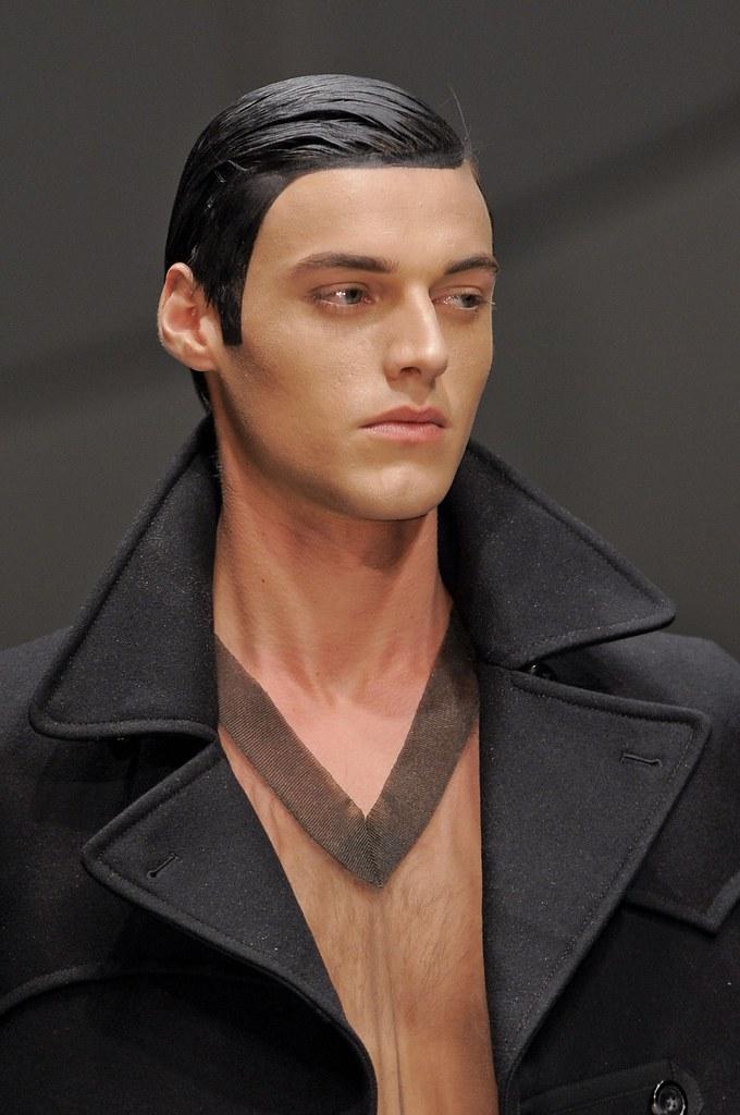 Robbie Wadge3674_3_FW14 Milan Vivienne Westwood(fashionising.com)