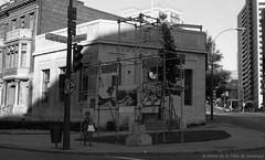 Éléments de CORRIDART, rue Sherbrooke. - 5 juillet 1976. / Louis-Philippe Meunier. Archives de la Ville de Montréal. VM94-EM0745-007