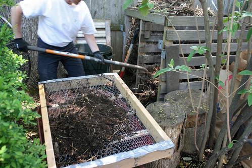 compost screen  030