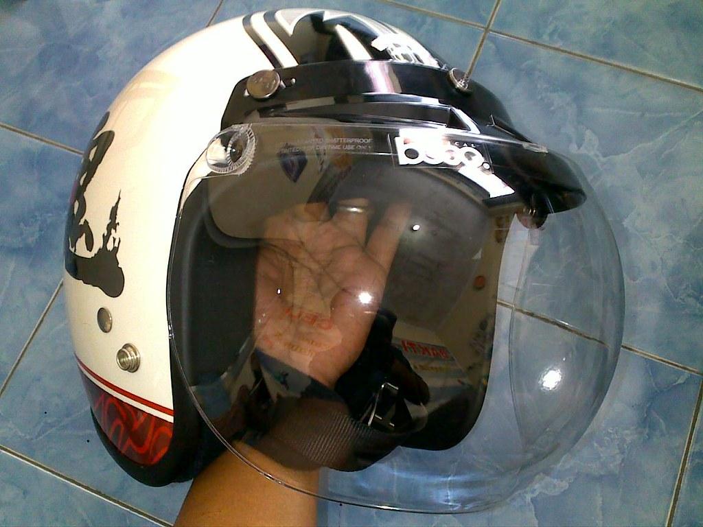 Modern Vespa Lets Show Your Vespa Helmets
