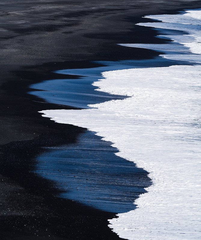 Black sand beach of Dyrhólaey
