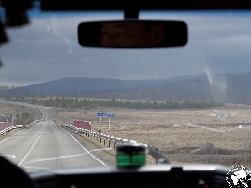 Sur la route vers Olkhone
