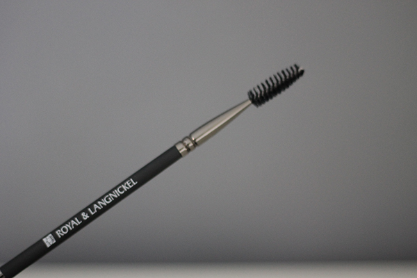 Favourite Eyebrow Tools Including La Vague Tweezers, HD Brows Kit and Royal & Langnickel Eyebrow Brush
