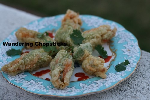 Bong Bi Nhoi Ca Tom Chien (Vietnamese Fried Squash Blossoms Stuffed with Fish and Shrimp) 1