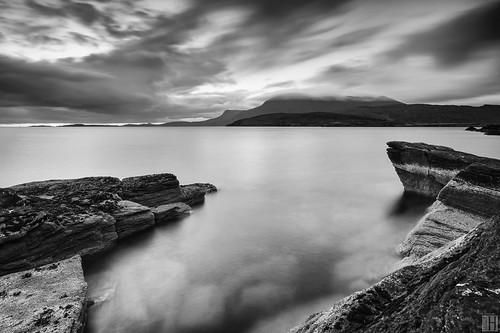 sunset seascape landscape blackwhite shoreline scotish headland ullapool scottland carlzeiss zf rhue lochbroom distagont3518 rudhacadail zeissphk12