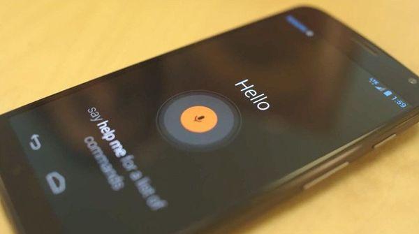 Голосовое управление Moto X