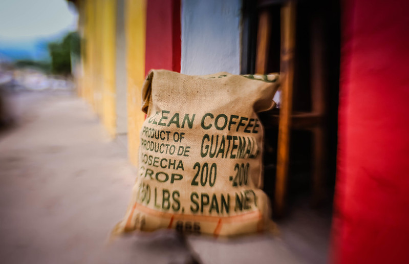 Burlap_bag_of_coffee_beans_Guatemala.jpg
