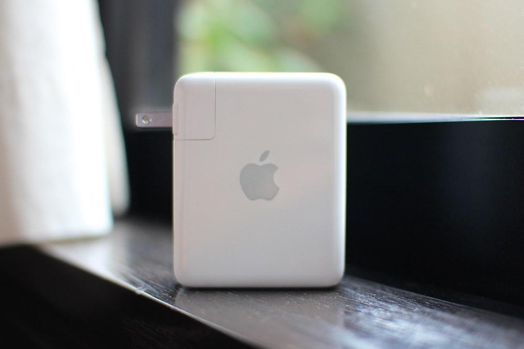 Apple AirMac Express(MC414J-A)