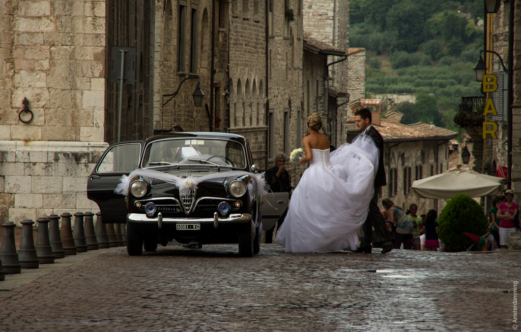 Italy, Bride & Groom in Gubbio