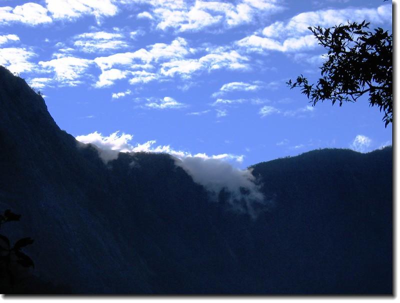 南大武之雲瀑(攝自2.4 k) 2