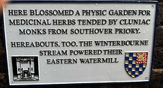 Photo of Grey plaque number 28253