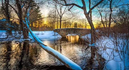 longexposure bridge sunset snow reflection boston america canon lowlight dusk massachusetts snowstorm newengland slowshutter snowfall gettyimages wellesley eastcoast wellesleycollege lightroom cs6 nikfilter canon5dmarkiii availableongettyimages cswapanjha