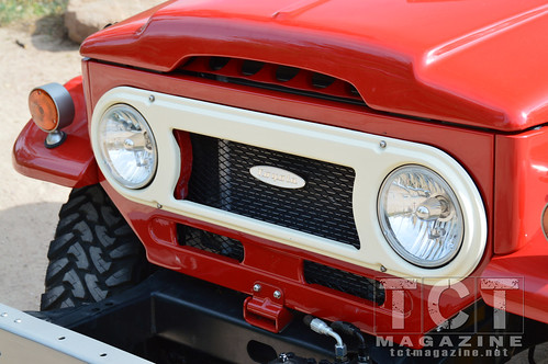 FJ-45 Land Cruiser Snowflake from Redline Land Cruisers | TCT Magazine January 2014