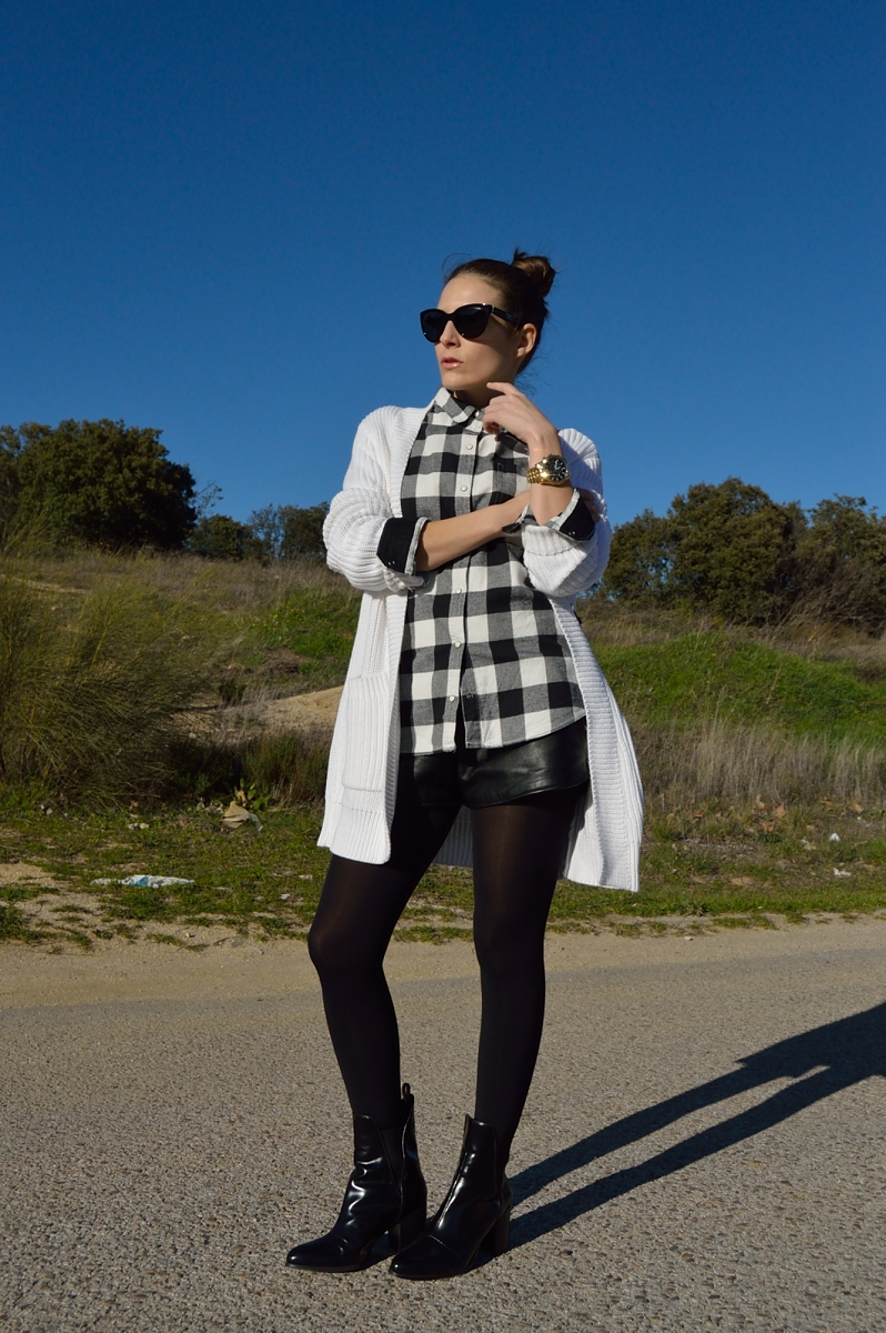 lara-vazquez-madlula-blog-fashion-trends-style-white-cardigan-black-white-look