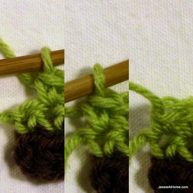 Joseph's-Puff-Stitch-Crochet-Blanket-last-sc-of-row-3
