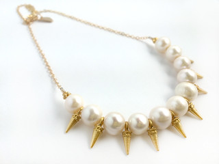 fw pearl spike necklace