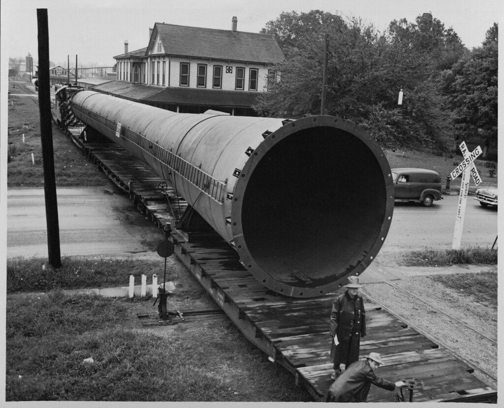 Magnolia Petroleum Company Smokestack in Transport (AC604-A07-001)