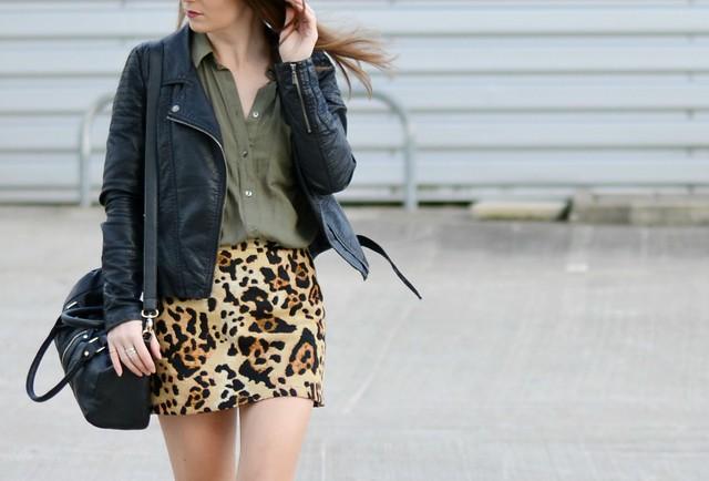Leopard Print Topshop Skirt 4