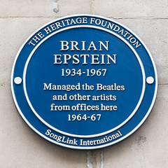 The Beatles Polska: Niebieska tablica i sztuka teatralna dla Briana Epsteina.