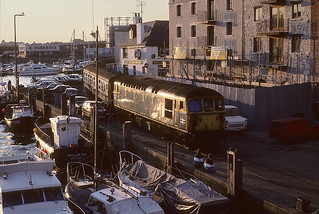 33.116 Weymouth quay 26th Sept 87.