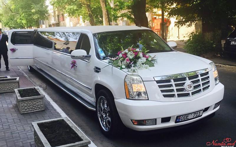 Прокат лимузинов в Молдове PrestigeLimo АКЦИЯ на Май и Июнь 40-70 евро в час > Фото из галереи `Главная`