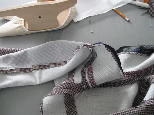 saler pressing seams collar