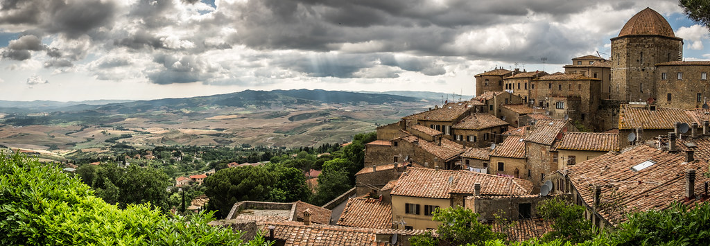 Tuscany landscape in Volterra, Pisa, Italy picture